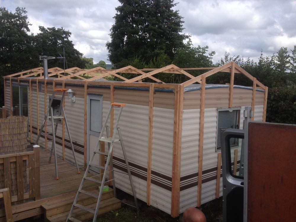terrasses en bois pour mobil home terrasse en bois couvertes terrasse en bois sur mesure. Black Bedroom Furniture Sets. Home Design Ideas