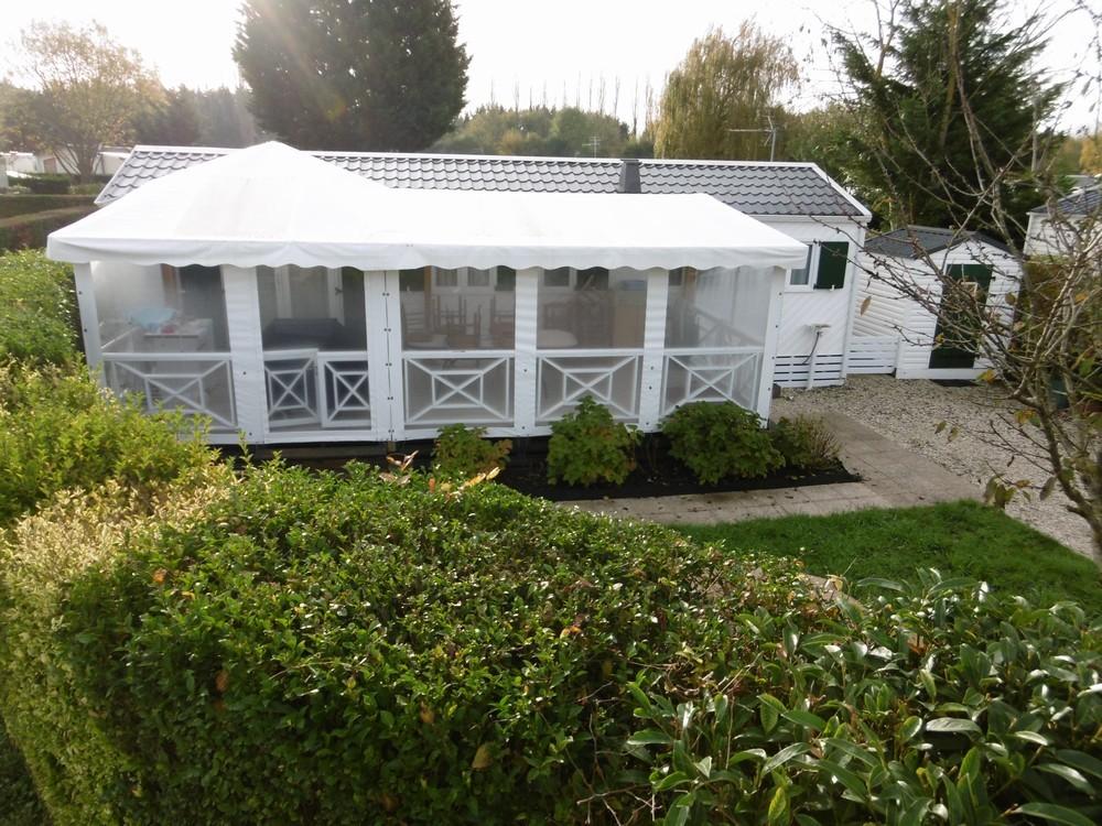 Bache exterieur pour terrasse trendy bche pvc standard gm for Bache exterieur jardin