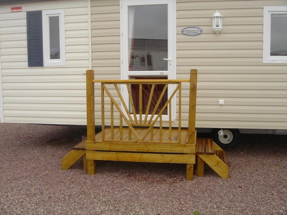 accessoires de terrasse en bois pour mobil home accessoires terrasse bois pour mobil home. Black Bedroom Furniture Sets. Home Design Ideas